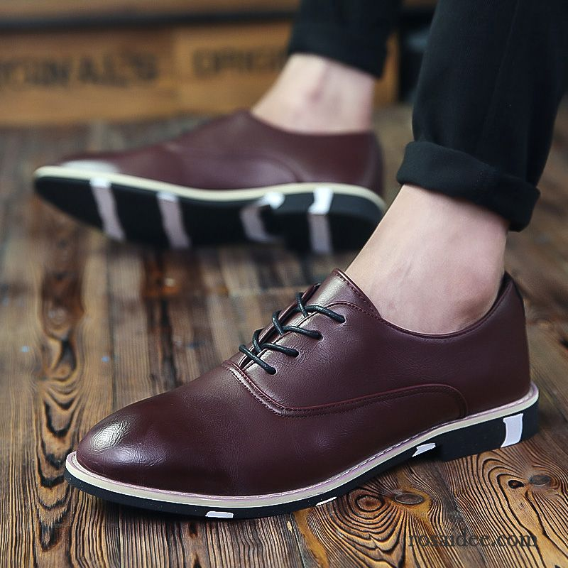 Spitze Schwarze Herrenschuhe atmungsaktive Schuhe Herren