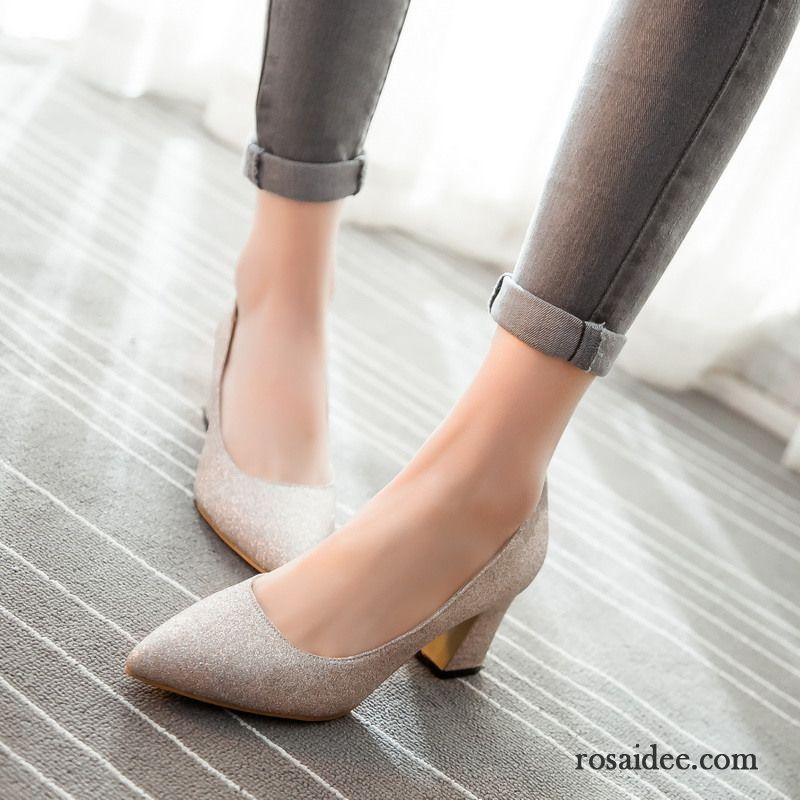 4847084029eb0d Weiße Schuhe Damen Absatz Pailletten Dick Sexy Schuhe Große Größe Damen  Elegant Pumps Mode Schnürschuhe Neue Spitze Verkaufen