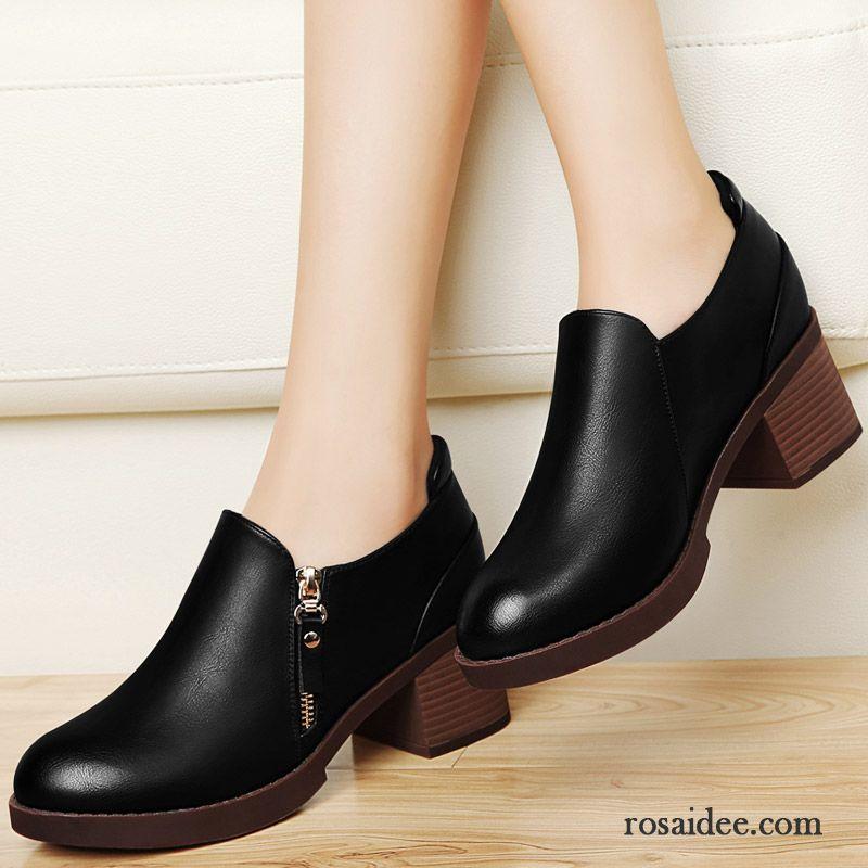 57d0a25a43557d Bequeme Schwarze Pumps Herbst Schuhe Allgleiches England Pumps Neue Damen  Schnürschuhe Dick Lederschuhe Günstig