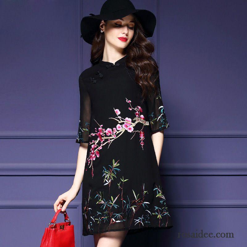 damen kleider kaufen damen gerade kleider cheongsam sommer nationalen stil stickerei seide. Black Bedroom Furniture Sets. Home Design Ideas